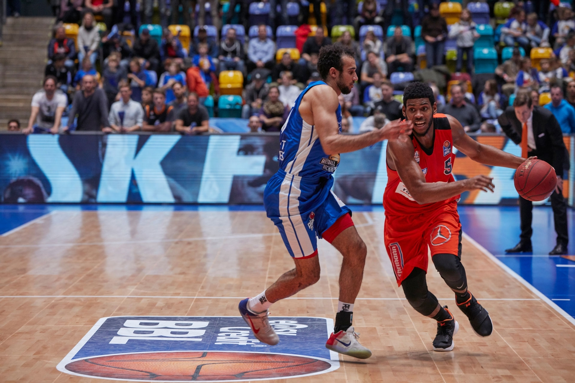 Basketball Bundesliga Calumet FRA - Canon Academy