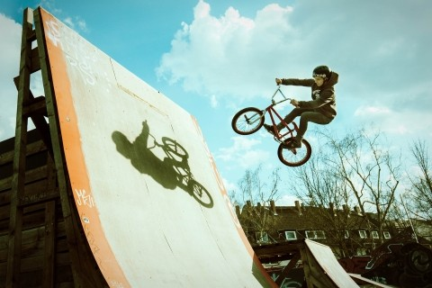 Canon EOS Autofokus Spezial BMX Bikes - Canon Academy